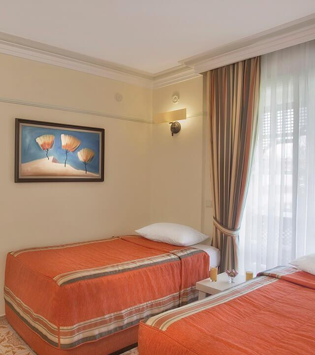 Alibey_resort_club_manavgat_odalar_aile_oda_2