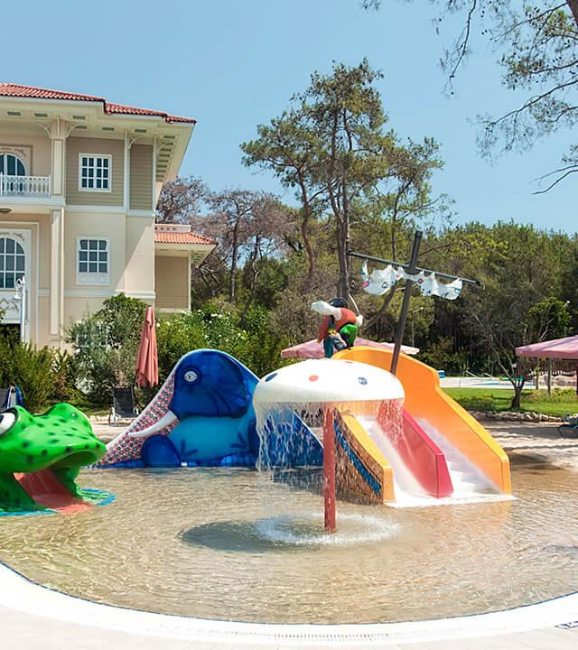 Alibey-Resort-Sorgun-Havuzlar-kum-havuzu-2