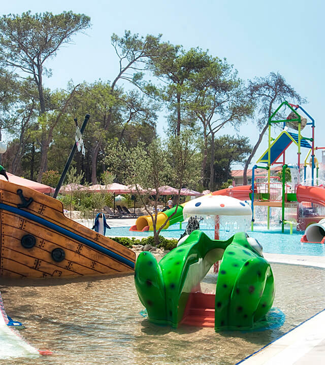 Alibey-Resort-Sorgun-Havuzlar-kum-havuzu-3